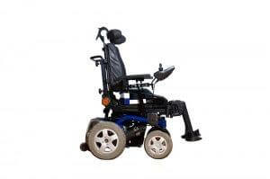 כסא גלגלים בשילוב קלנועית לגיל הזהב